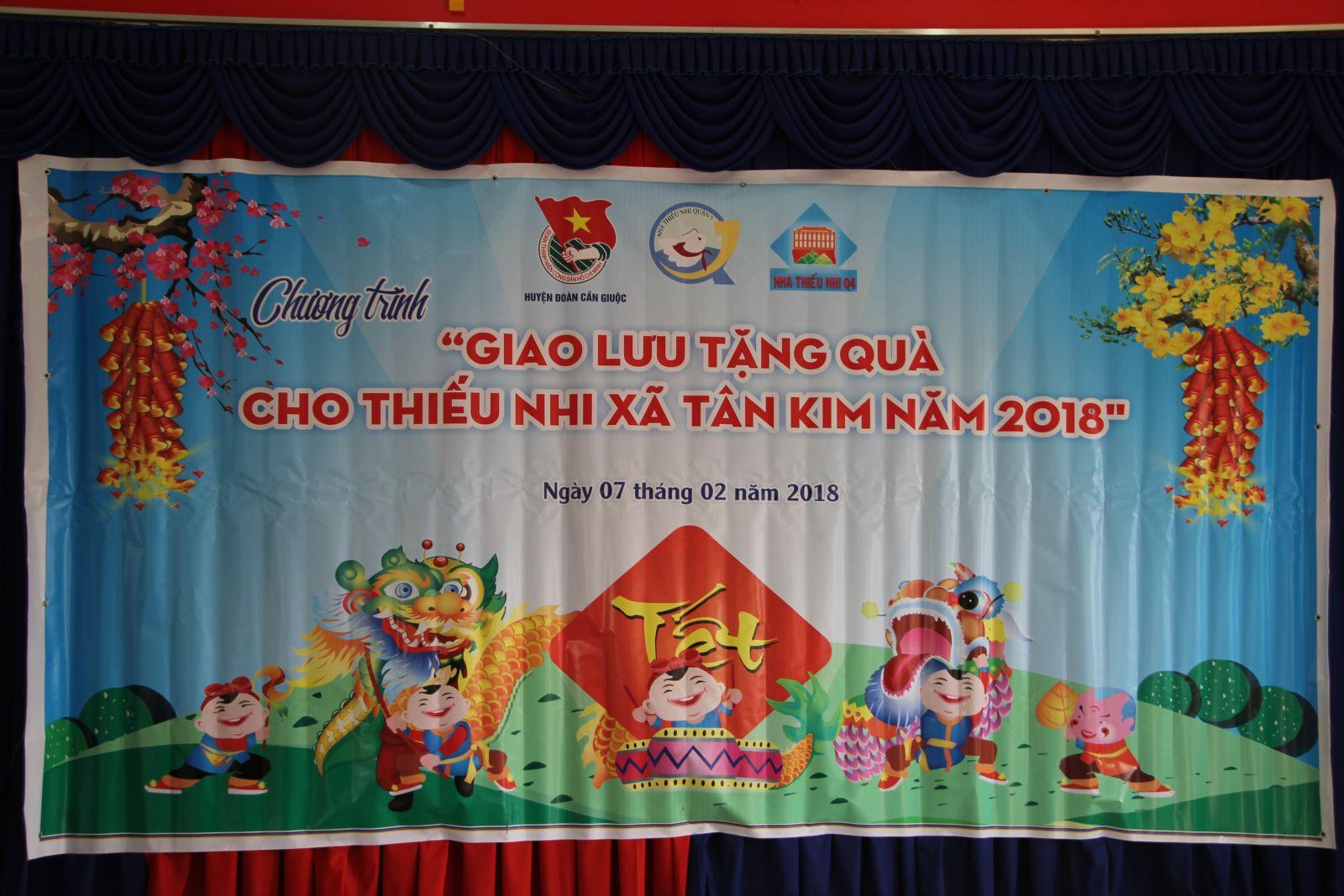 Giao lưu tặng quà thiếu nhi xã Tân Kim, Huyện Cần Giuộc, Tỉnh Long An