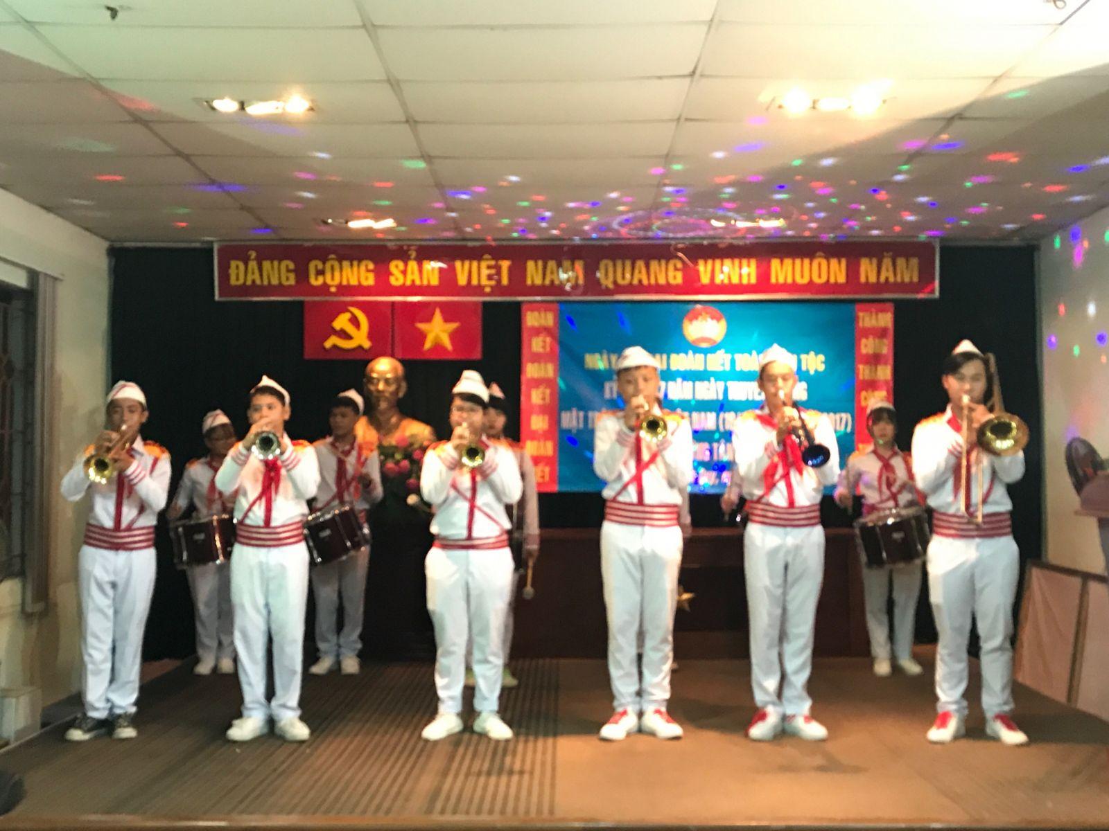 Phục vụ ngày hội Đại đoàn kết dân tộc KP3  P. Tân Quy